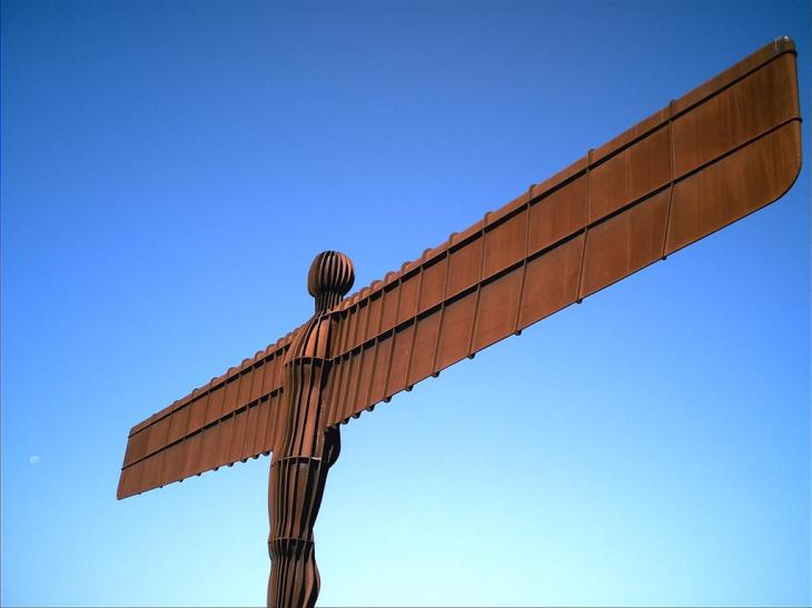antony-gormley-angel-of-the-north