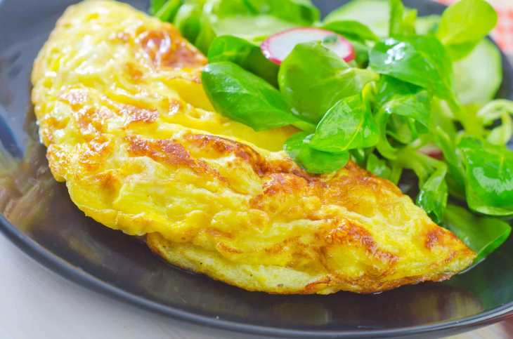 frittata_with_salad